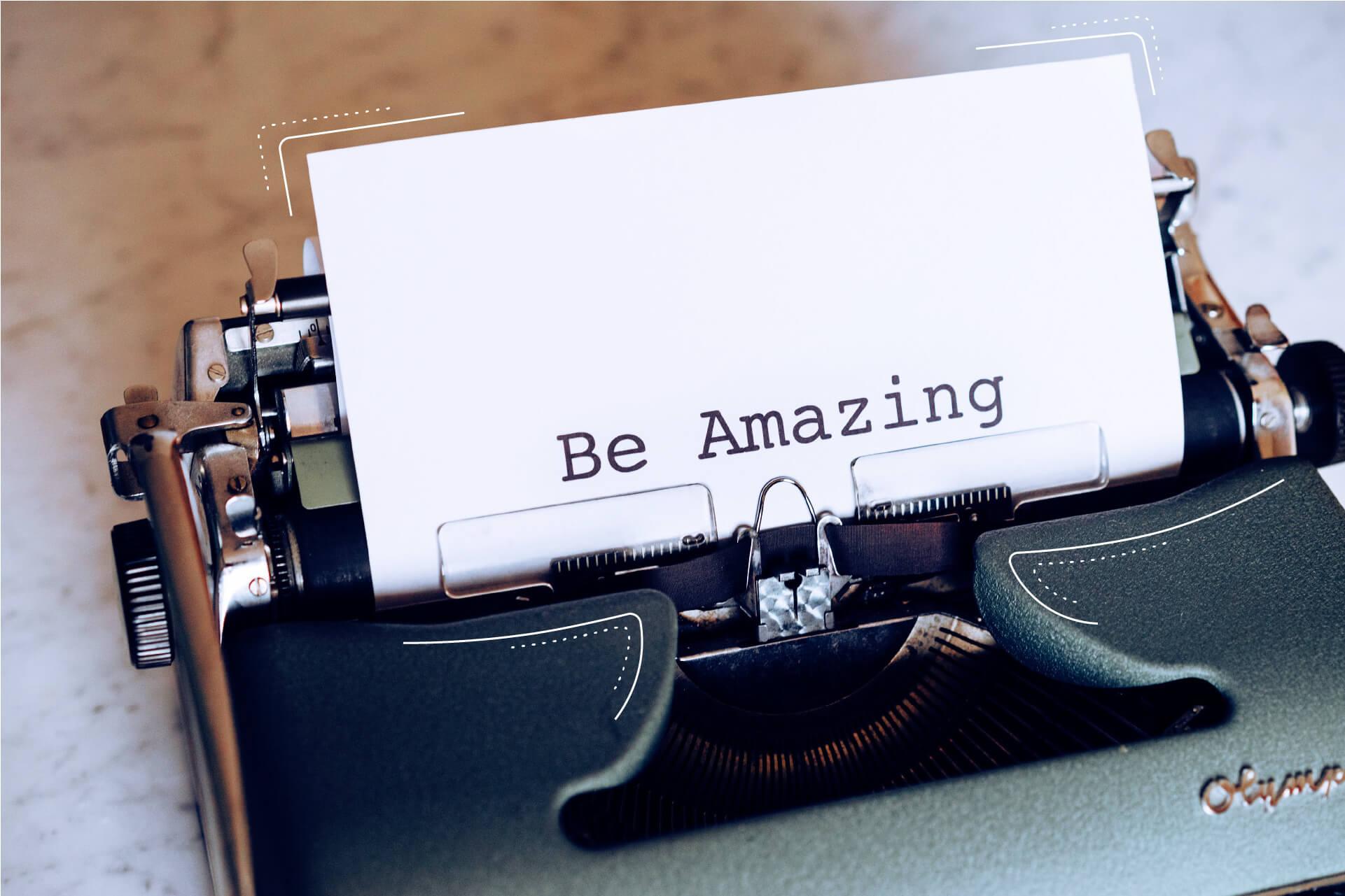 Bild einer Schreibmaschine aus der ein weißes Blatt mit dem Titel: